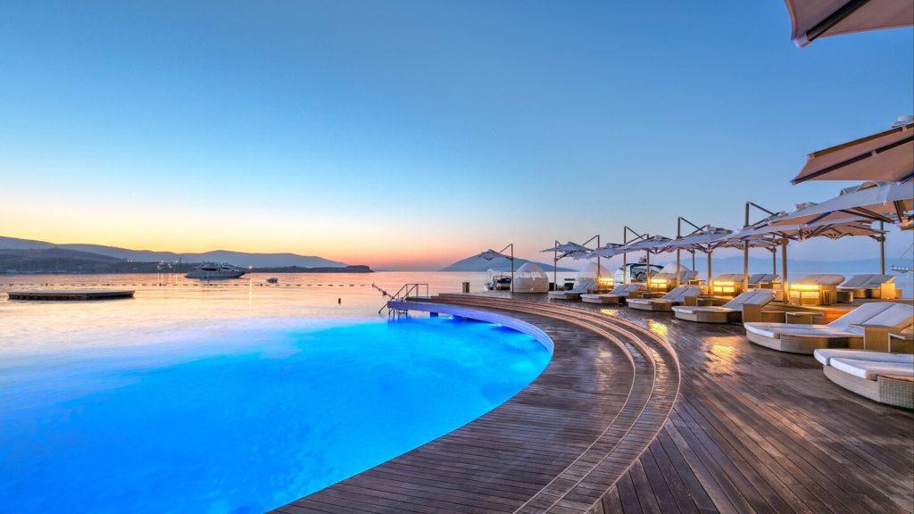 Caresse Resort and Spa