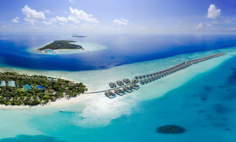 Топ-10 лучших роскошных вилл над водой на Мальдивах